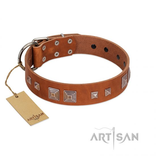 """Egyptian Gifts"" Handmade FDT Artisan Tan Leather Mastiff Collar with Chrome-plated Pyramids"