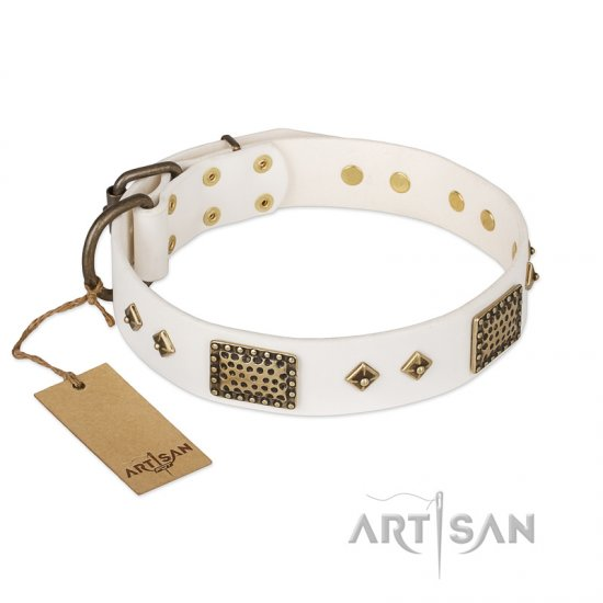 """Snow-covered Gold"" FDT Artisan White Leather Mastiff Collar"