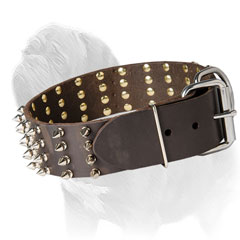 Mastiff dog collar with 4 rows of handset spikes