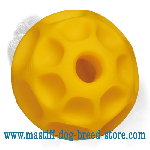 Dog ball of tetraflex for food dispensing