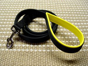Nylon dog leash with support material on the handle-dog lead for mastiff