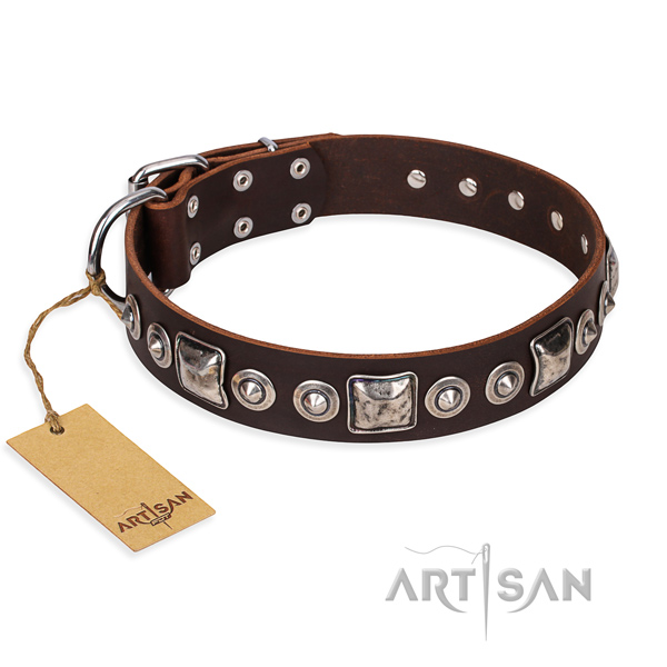 Full grain genuine leather dog collar made of high quality material with strong traditional buckle
