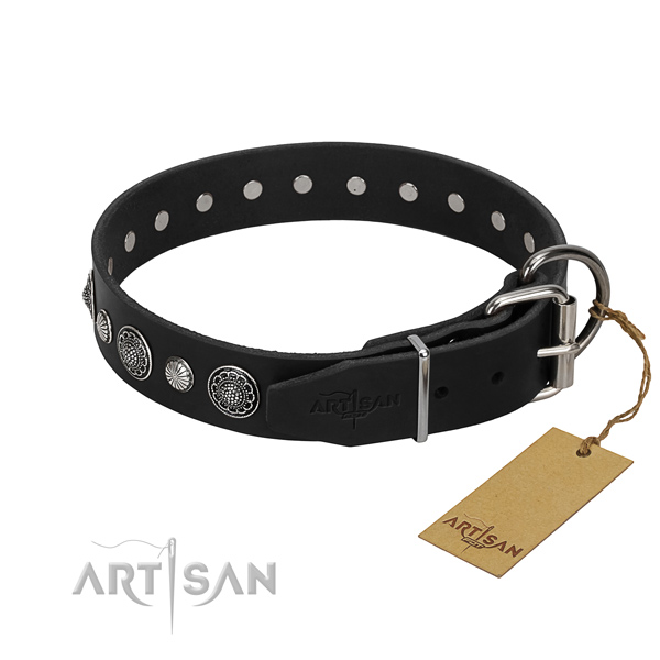 Best quality natural leather dog collar with exquisite studs