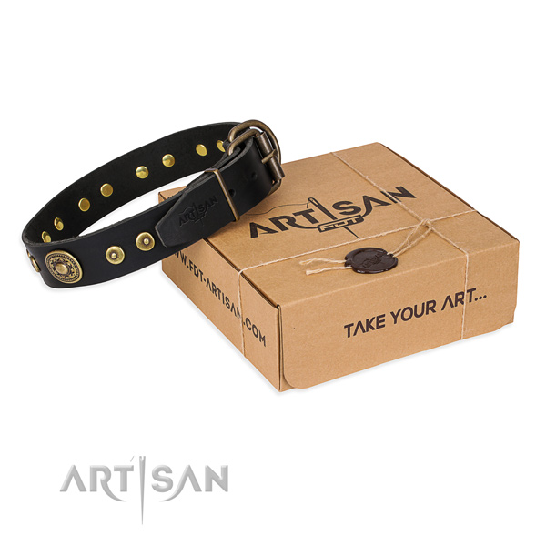 Natural genuine leather dog collar made of flexible material with rust-proof fittings