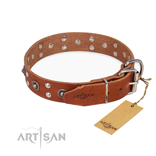 Durable traditional buckle on full grain leather collar for your attractive doggie