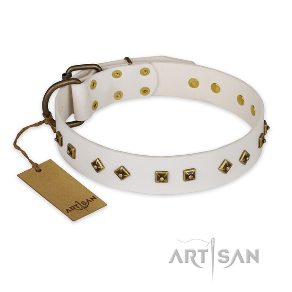 Inimitable leather dog collar with corrosion proof traditional buckle